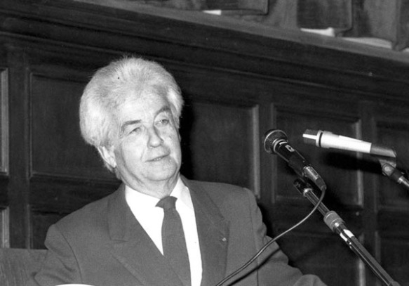 Gilbert Durand a la Universitat de Barcelona. 1985